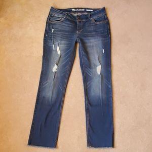 Wallflower destructed skinny jeans size 11